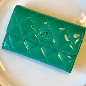 Chanel teal patent leather quilted card holder